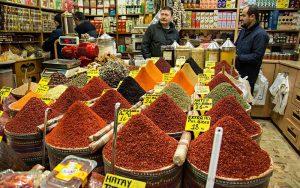 مغازه-ای-در-بازار-ادویه-استانبول