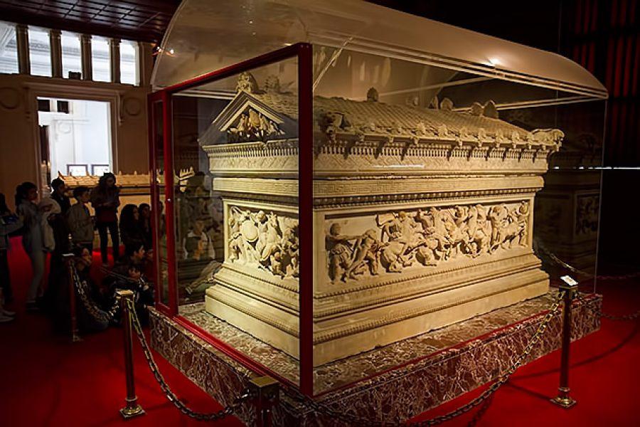 تابوت-در-موزه-باستان-شناسی-استانبول