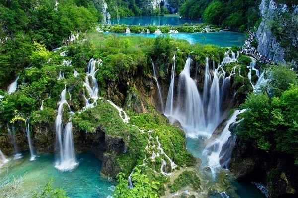 آبشار-دودن-در-تور-آنتالیا-ارزان