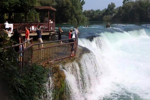 طبیعت-آبشارهای-ماناوگات