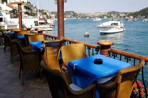 نمایی-زیبا-از-دهکده-ببک-استانبول