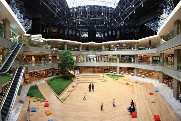 سالن-مرکز-خرید-استانبول-مال