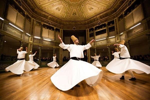 رقص-سماع-در-موزه-مولوی-خانه-گالاتا