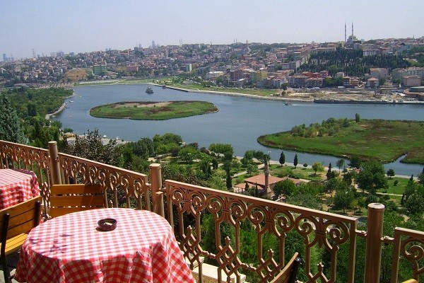 نمایی-از-تپه-پیر-لوتی-استانبول