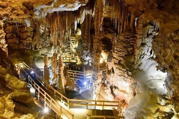 درون-غار-کاراجا-تور-کوش-آداسی-پاییز-99
