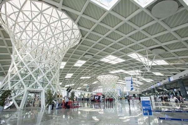 سالن-فرودگاه-عدنان-مندرس