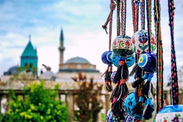 معماری-مقبره-و-آرامگاه-مولانا-در-قونیه