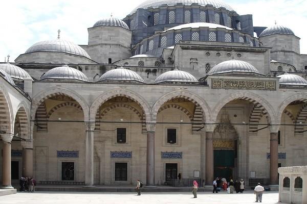 معماری-مسجد-سلیمیه-قونیه