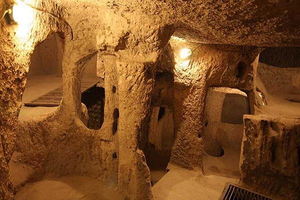 نمایی از شهر زیرزمینی قونیه
