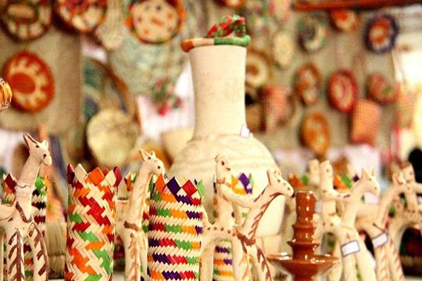 سوغاتی خریدن در تور کیش مهر 1400