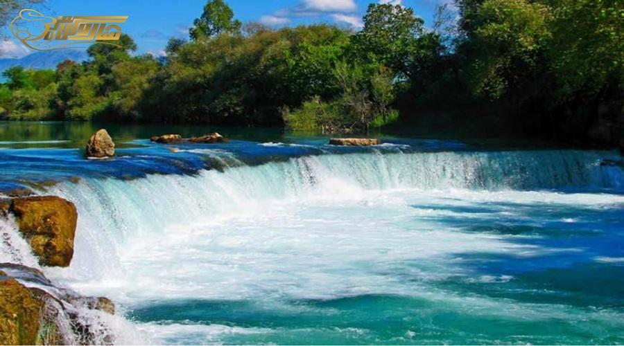 بازدید از آبشار ماناوگات در تور زمینی آنتالیا دی 1400