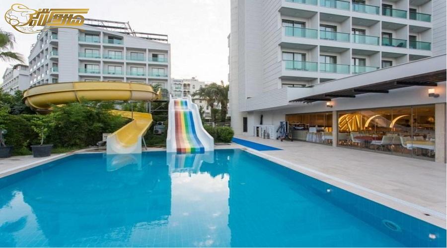 هتل 4 ستاره در تور آنتالیا