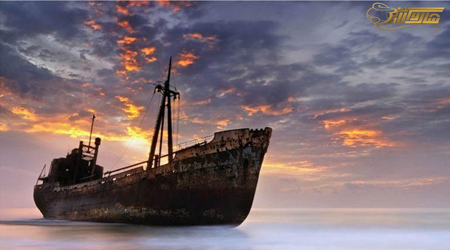کشتی یونانی در تور کیش