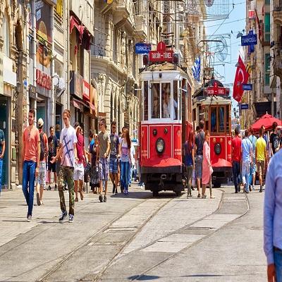 تور زمینی استانبول زمستان ۱۴۰۰