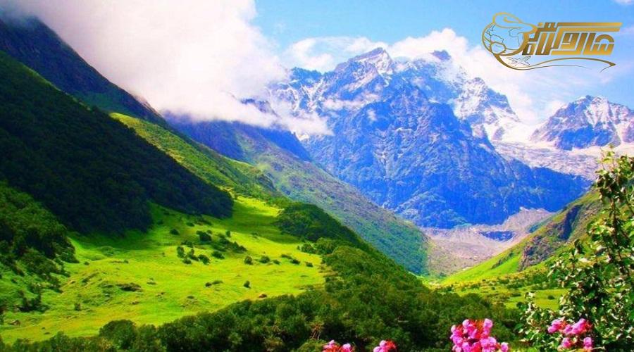بازدید از دره گلها در تور ارمنستان