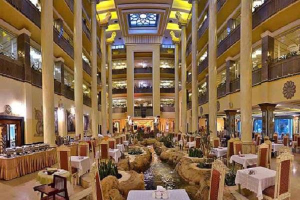 رستوران هتل داریوش کیش