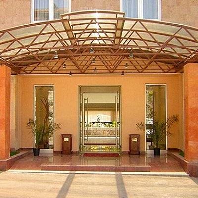 هتل رجینه ایروان