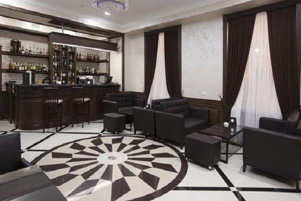 کافه بار هتل سنترال ایروان