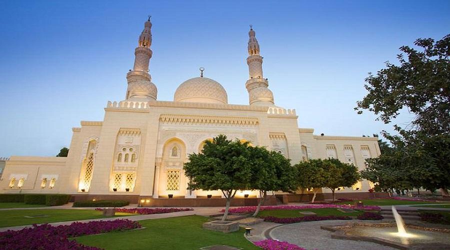 بازدید از مسجد جمیرا در تور دبی